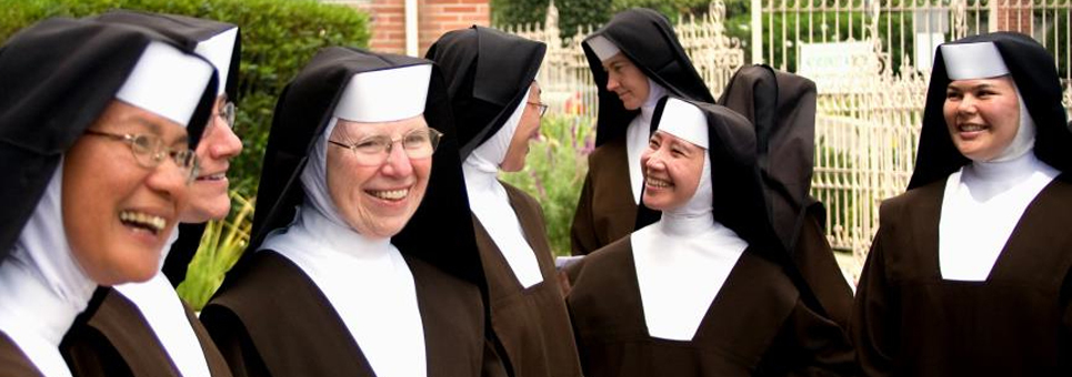 Carmelite Sisters Talking Outside