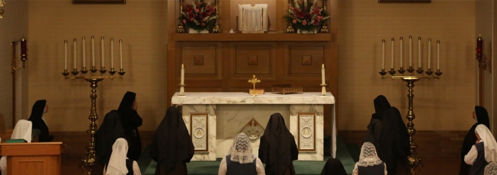 Carmelite Sisters Praying